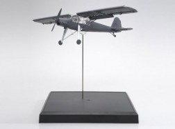 DISPLAY X FIESELER Fi156C