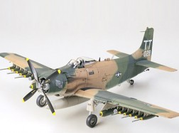 DOUGLAS A-1J US A.F.